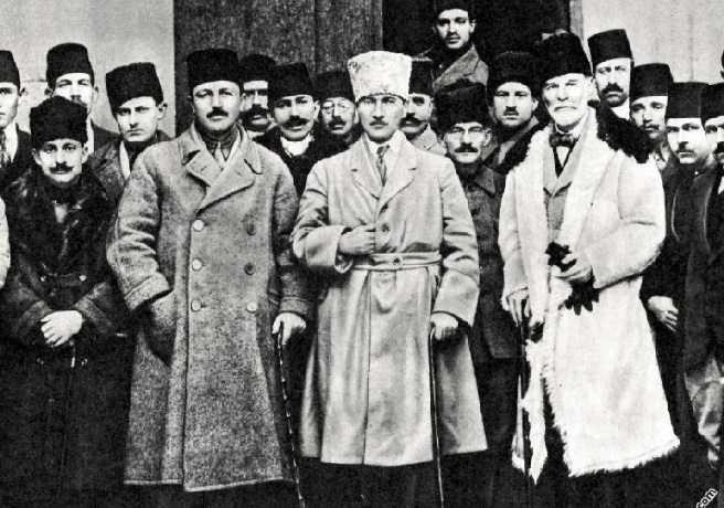 Mustafa Kemal ve Heyet-i Temsiliye Mensupları