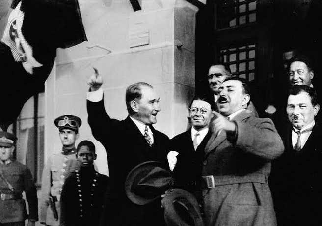 Mustafa Kemal Atatürk ve Afgan Kralı Amanullah Han