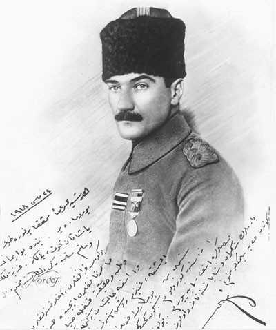 Atatürk ün heyet i temsiliye başkanlığı yılları imzalı bir